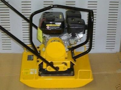 NEW BullDog PB22 Plate Compactor Dirt Packer 5.5 OHV Vibratory