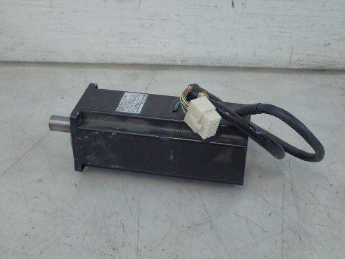 Used Yaskawa Electric Sgm-04uw12 Ac Servo Motor, 400 W, 200 V, Rpm: 3000,boxyf