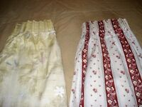 2 pairs of fully lined, machine washable curtains