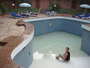 Swimming pool opening & Services Oakville