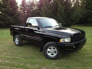 looking for a short box manual ram 1500