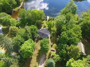 Last minute availability!Private waterfront chalet with hot tub.