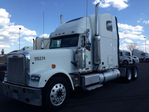 Custom Freightliner Fld 120 Car Interior Design