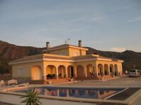 Luxury 5 bed Villa in Spain with Large Private Pool FULLY FURNISHED Alicante