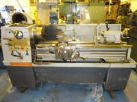 TRIUMPH 2000 GAP BED CENTRE LATHE