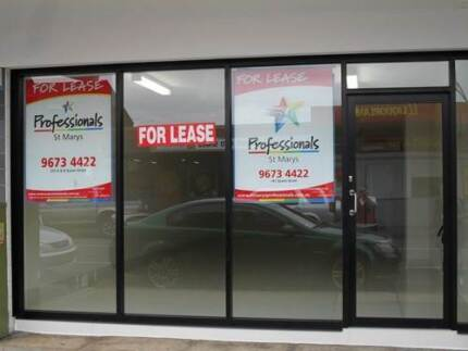 Shop For Lease ! 1 MONTHS FREE RENT South Windsor Hawkesbury Area Preview