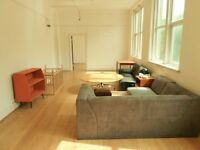 Live Work Artist studio / loft style studio to rent with 1 bedroom and open space in DA8 Erith