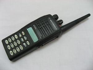 255 Channel Motorola GP380 UHF 403-470 Mhz 4W 2-Way Radio W/O BATTERY