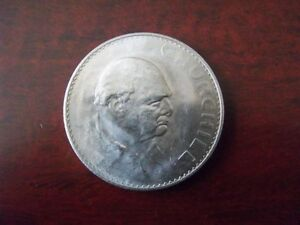 1965  Winston Churchill commemorative Crown in excellent conditon