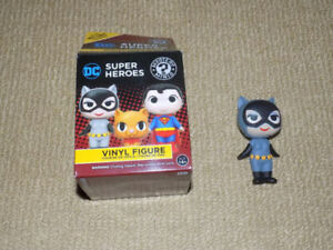 FUNKO, CATWOMAN, MYSTERY MINIS, HOT TOPIC EXCLUSIVE DC FIGURE