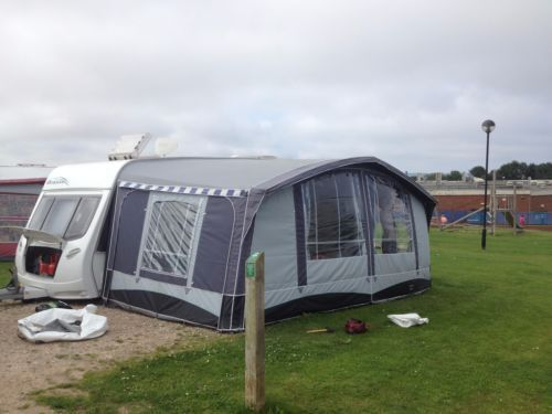 QUEST BLENHEIM AWNING SIZE 13 938TO 963
