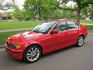 2004 BMW E46 330xi HELLROT RED AWD LOW KMS great winter car