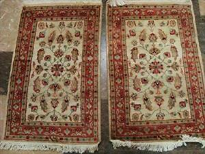 Excellent Ivory Flowers Medallion Hand Knotted Rug Wool Silk Carpet Pair (3 X 2)'