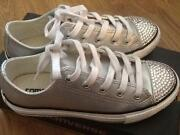 Converse Size 1