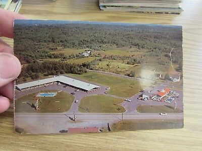 Land Mark Motor Lodge   Glen Falls  New York  Post Card
