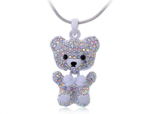 How to Choose a Necklace Pendant for a Little Girl