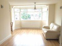 Lovely 1 bedroom in Hendon Central!!!