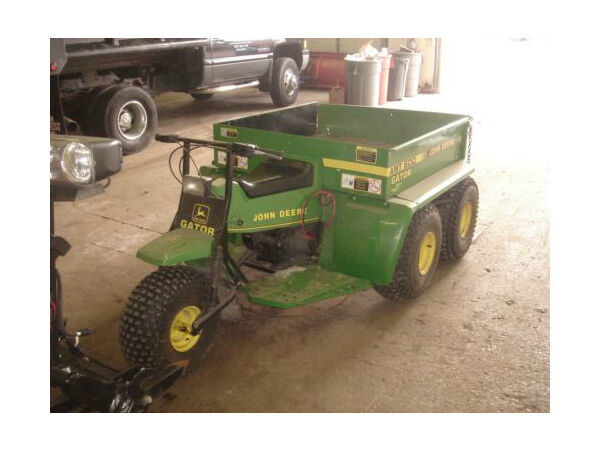 Used 1985 John Deere amt600 Gator