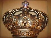 Wall Crown