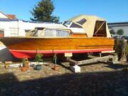 Motorboot Holz