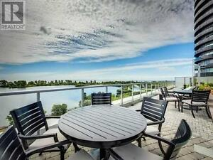 Room in Fully Furnished Waterfront Condo