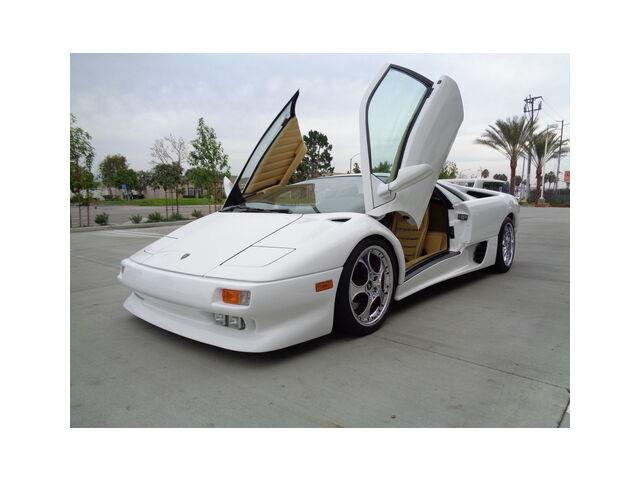 Imagen 1 de Lamborghini Diablo white