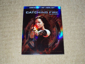 THE HUNGER GAMES CATCHING FIRE, COMBO BLU-RAY & DVD