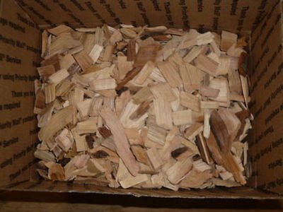 Maple Wood Chips for Smoking BBQ Grilling Cooking Smoking Priority (Maple Wood Chips)