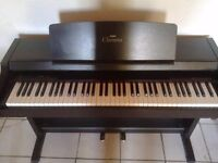 yamaha clavinova clp-152s digital piano with weighted keys and 2 pedals FREE DELIVERY!