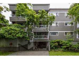 Cambie Condo for sale:  2 bedroom 669 sq.ft.