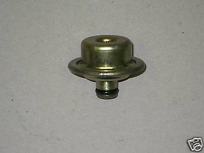 Toyota 1.8L Fuel Injection Pressure Regulator Pulsation Damper 1ZZFE 23270-22010