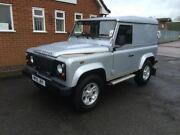 Land Rover Defender 90 2010
