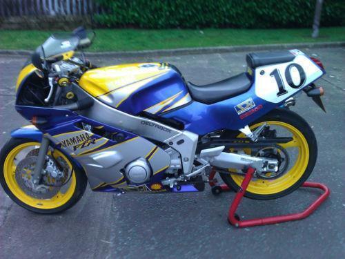Yamaha fzr 400 ebay for Yamaha fzr fairings