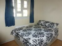 Double room in Stepney, right next to Queen Mary University, prime location