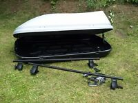 LARGE HALFORDS ROOFBOX with all attachments and roof bars