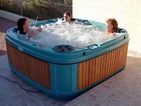 13 amp solid hot tub for sale . Uk made award winner