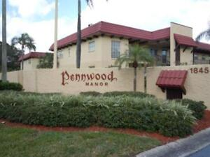 2BED/2BATH GRND LEVEL CONDO 55 + COMMUNITY PENWOOD MANOR
