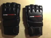 Firepower MMA gloves Size medium, colour black