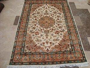 Exclusive Muted kashan Ivory Flower Medallion Area Rug Hand Knotted Wool Silk Carpet (6 x 4)'