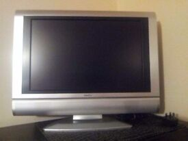 """PROLINE 19"""" 720P HD LCD TELEVISION MONITOR WITH DVD"""