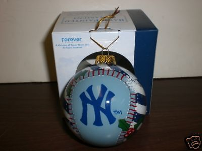 NY Yankees Forever Collectibles Hand Painted Ornament
