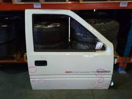 HOLDEN RODEO TF RIGHT FRONT DOOR 96 TO 03 (66169)