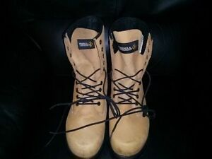$95.00  Terra Steel-Toe Boots NEW SIZE 10.5