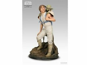 NEW Sideshow Collectibles Star Wars Luke & Yoda Premium Format Stirling Stirling Area Preview