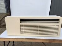 10,500 Btu AIR CONDITIONING CONDITIONER MONOBLOC through the wall type UNIT HEAT / COOL A+