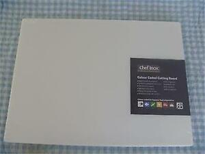 Large White kitchen all-purpose chopping/cutting board 600mm x 450mm x12mm thick