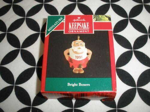 1991 CHRISTMAS! MINIATURE HALLMARK ORNAMENT BRIGHT BOXERS  N19