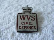 WW2 Pin Badge