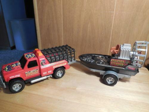 toy truck and boat ebay. Black Bedroom Furniture Sets. Home Design Ideas