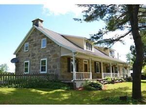 Luxury Stone Farmhouse on 99 Acre Farm 1 hour from Montreal